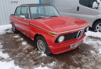 BMW 2002 Tii in Need of Restoration