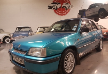 Vauxhall Astra Mk2 2.0 8v Convertible