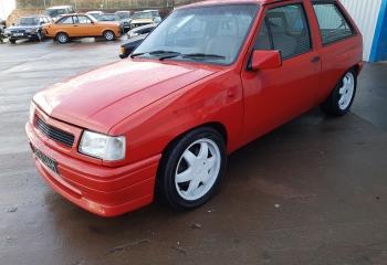 Vauxhall Nova 2.0 Redtop