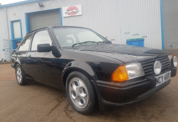Ford Escort XR3 - 5 Speed