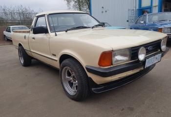 Ford Cortina P100 V8